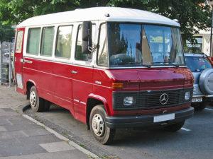 Mercedes-Benz T 2 in der Version als Kleinbus (O 309)