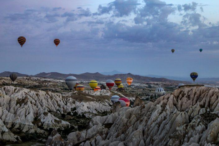 Heißluftballons über Red Valley