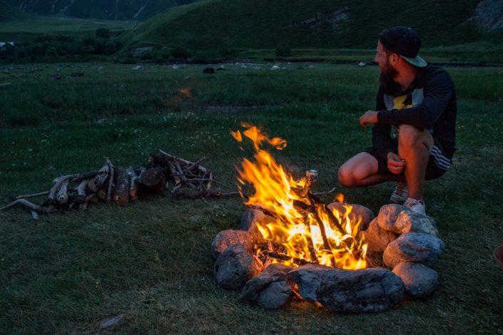 Das Feuer verriet uns bereits die Schlechtwetterfront