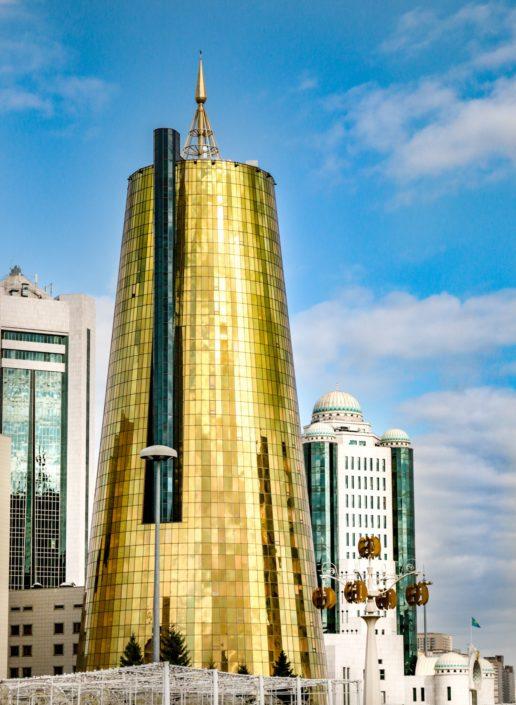 Gold und Blau - die Farben Kasachstans