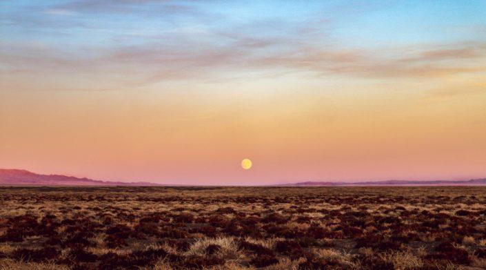 (fast) Vollmond in der Wüste