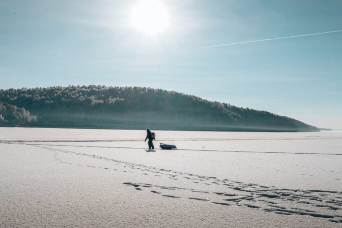 Auf dem Angara - einziger Abfluss des Baikal Sees