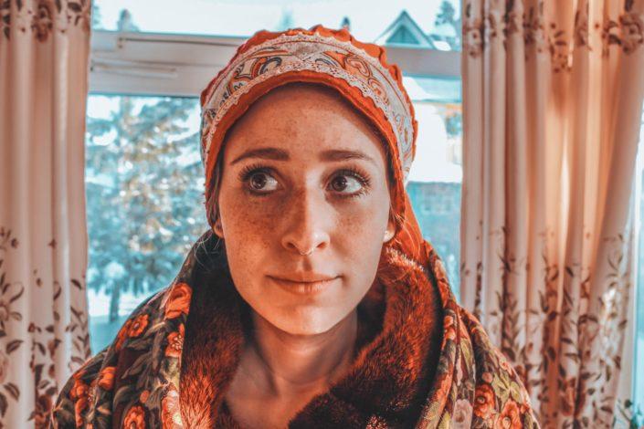 Braves sibirisches Bauernmädchen... oder so... :D