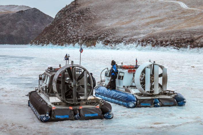 Mit dem Hovercraft übers Eis