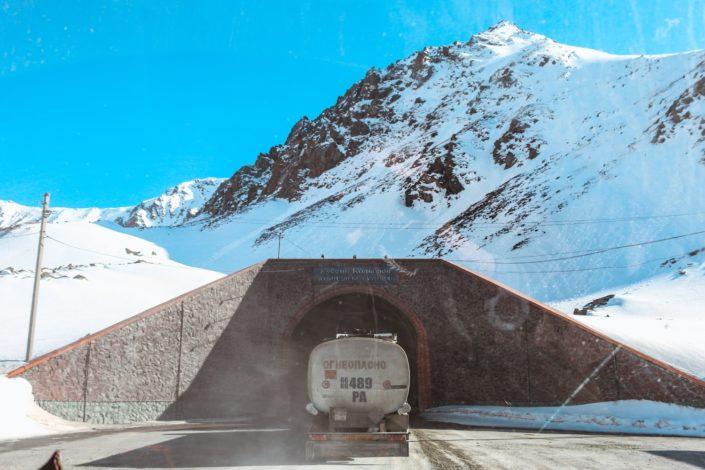 Kein Vergleich zu europäischen Tunnelbauten - schätzt es!