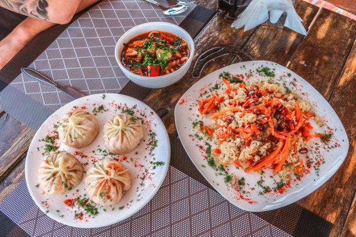 Manti, Lagman und Plov | Typische Gerichte für Zentralasien