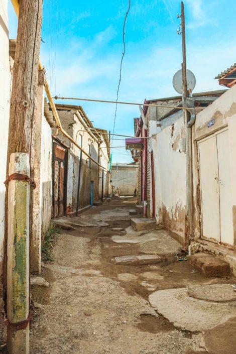 Unterwegs in den Straßen Bucharas | Hier wird noch mit Lehm gebaut...