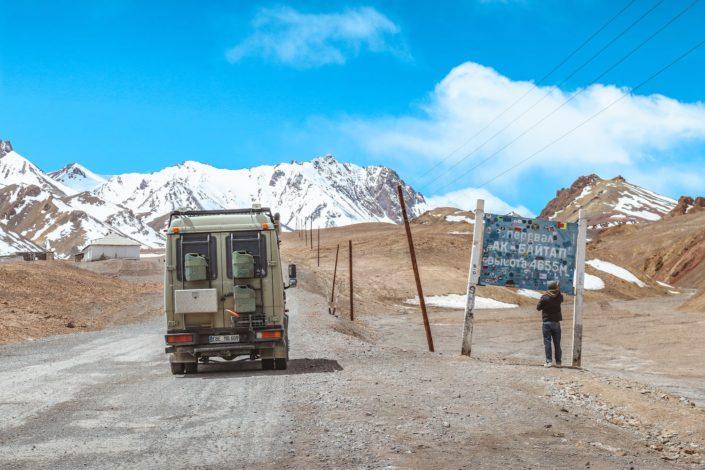 Am Ak Baital Pass